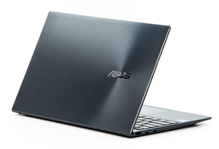 Asus ZenBook 14 UX425E